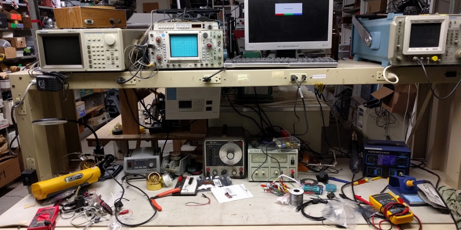 Electronics bench